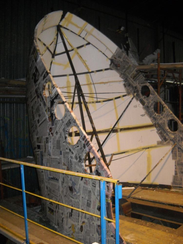 costruzione del carro 2011  ' Capitan Uncino sbarca all'Africa' (6/6)